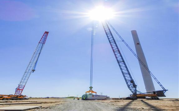 中亚规模最大的札纳塔斯100兆瓦风电项目首批风机成功并网