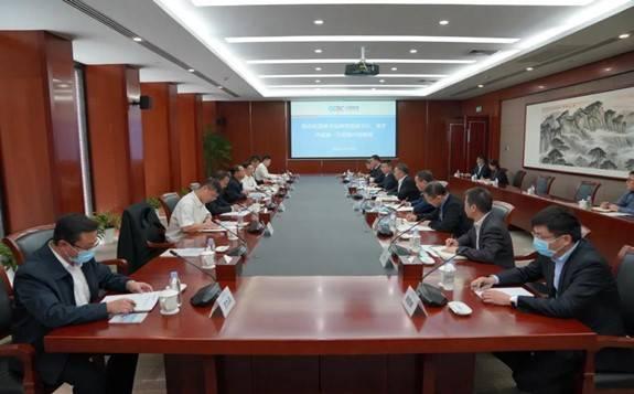 中国能建董事长宋海良会见南方电网毕亚雄一行