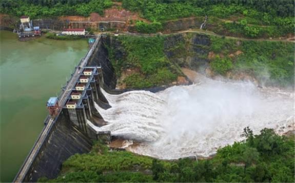 中國華電柬埔寨額勒賽水電站項目:踐行綠色發展 持續造福民生
