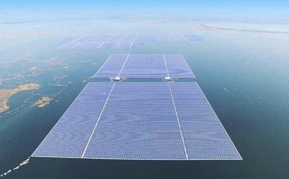 晶澳為西班牙首座水上漂浮式光伏電站提供組件