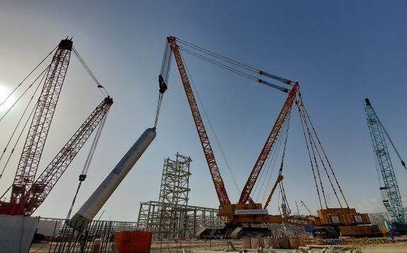 """""""世界第一吊""""——XGC88000四千吨级履带起重机,落户中油一建"""