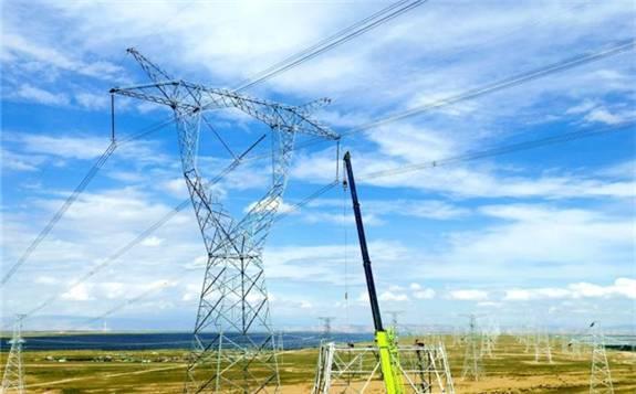 探访世界首条新能源输电大通道