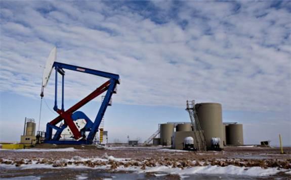 消息面和技术面多重利空压制,油价短线下行风险加剧