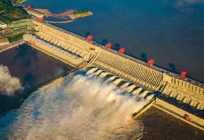 破世界纪录!三峡电站2020年发电1118亿千瓦时!