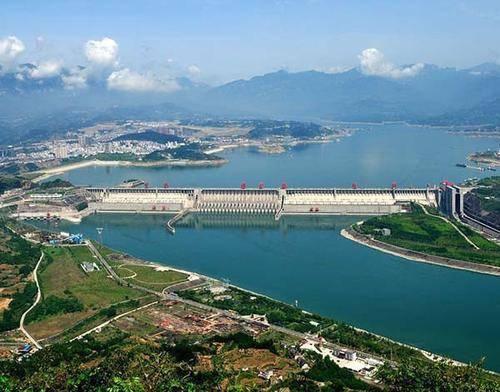 截止10月底,三峡电站已累计输送电量超1.36万亿千瓦时