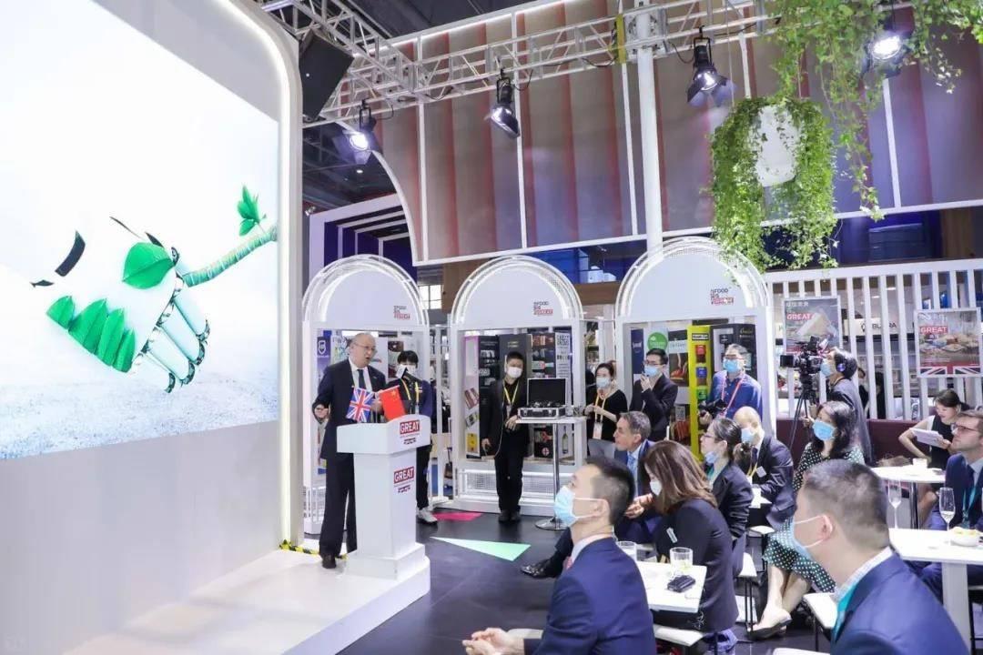 """隆基成为中国首个加入RE100倡议与气候组织三个""""100""""的企业"""