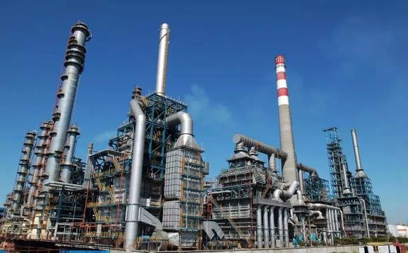 荷兰皇家壳牌削减新加坡Pulau Bukom炼油厂的原油产能