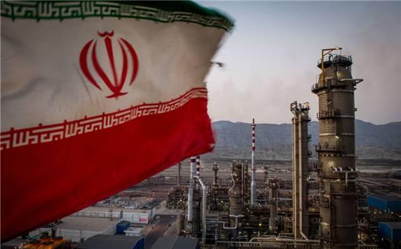 伊朗总统鲁哈尼表示:明年的国家预算仍致力于减少对石油的依赖