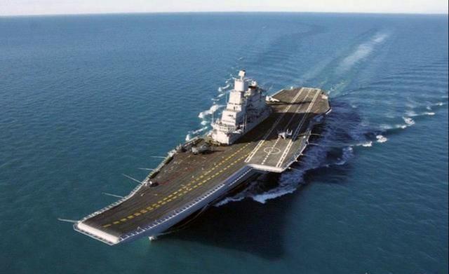 """国产小型玲珑一号核反应堆亮相——未来潜艇和航母突击兔,有望用上自己的""""玲珑芯"""""""