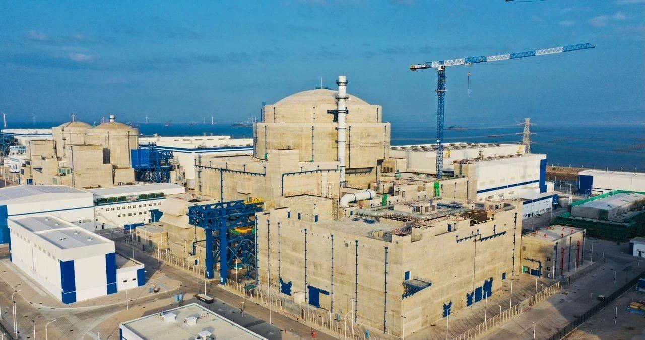 华龙一号全球首堆——中核集团福清核电5号机组首次并网成功