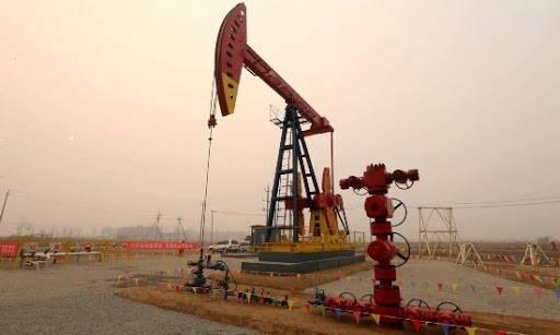 美国雪佛龙在伊拉克萨塔油田获得第一批石油