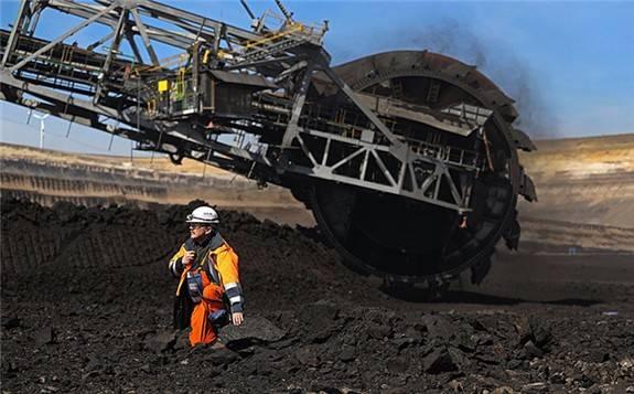 俄罗斯煤炭行业前三季度净亏损达380亿卢布