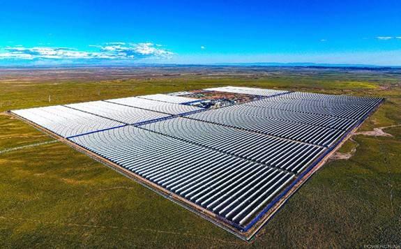 内蒙古乌拉特中旗100兆瓦槽式光热电站顺利实现满负荷发电