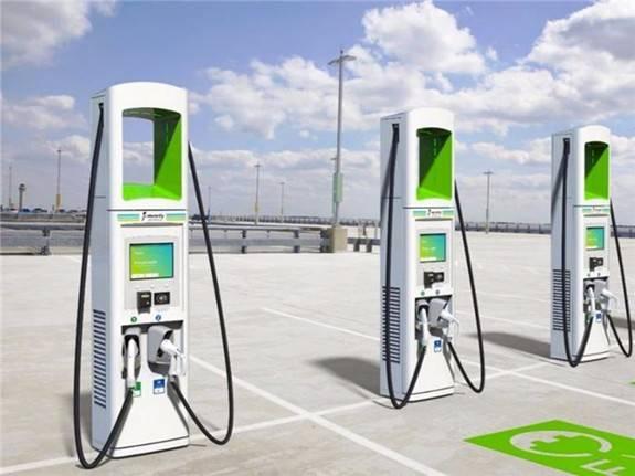 上海力争2025年之前新增30万个充电桩