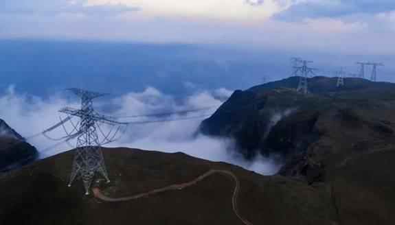 国家西电东送重点工程昆柳龙直流工程正式启动投产送电