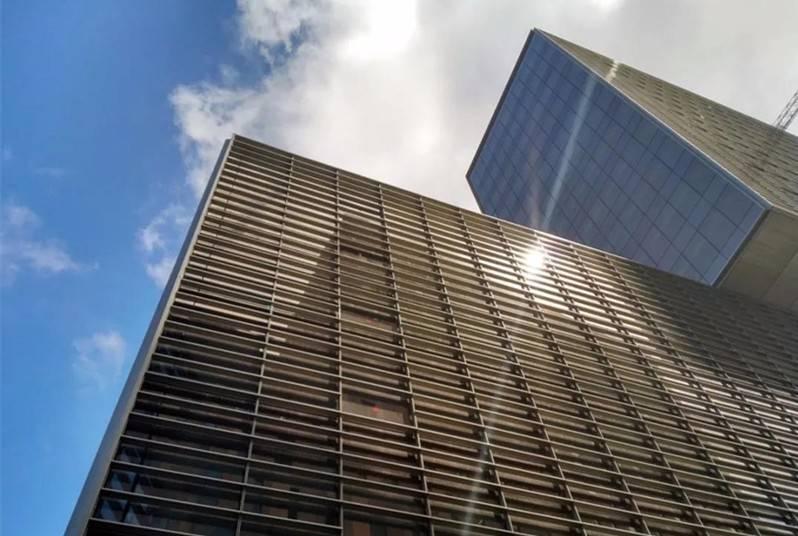 实现建筑物碳中和,建筑物表面安装光伏是必然选择