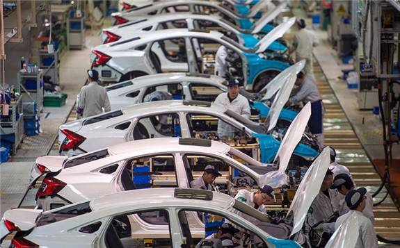 中国汽车销量连续十二年全球第一,新能源汽车销量同比增长10.9%