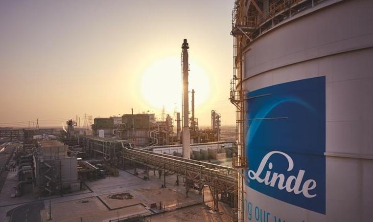 林德购买全球最大质子交换膜电解槽,投入德国Leuna绿氢生产工厂