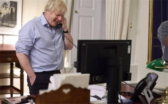 """英国首相约翰逊与拜登通话 自贸协定""""有人急有人不急""""?"""