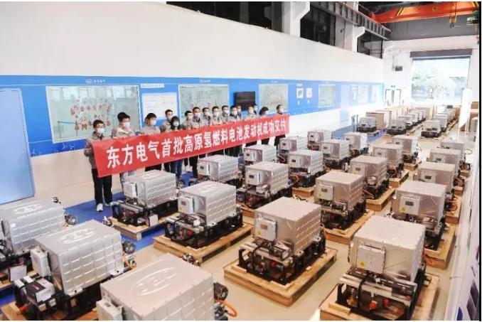 """国内首批采用""""高原""""氢燃料电池的发动机装车"""