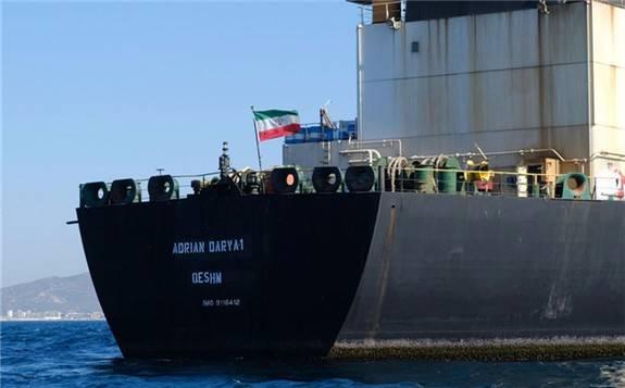 伊朗要求印度尼西亚解释扣押被指控非法转移石油的油轮