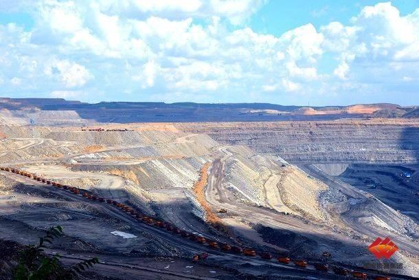 国家能源集团两个露天煤矿位居2020年全国十大煤矿产量排名前五