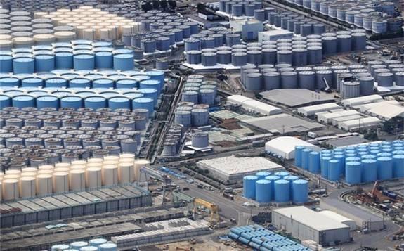 福岛第一核电站1号及3号机组安全壳水位下降