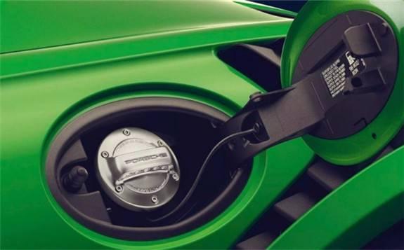 保时捷:合成燃料E-Fuel能做到像电动汽车一样清洁
