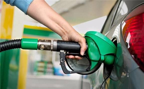 """国内成品油价或迎""""八连涨"""""""