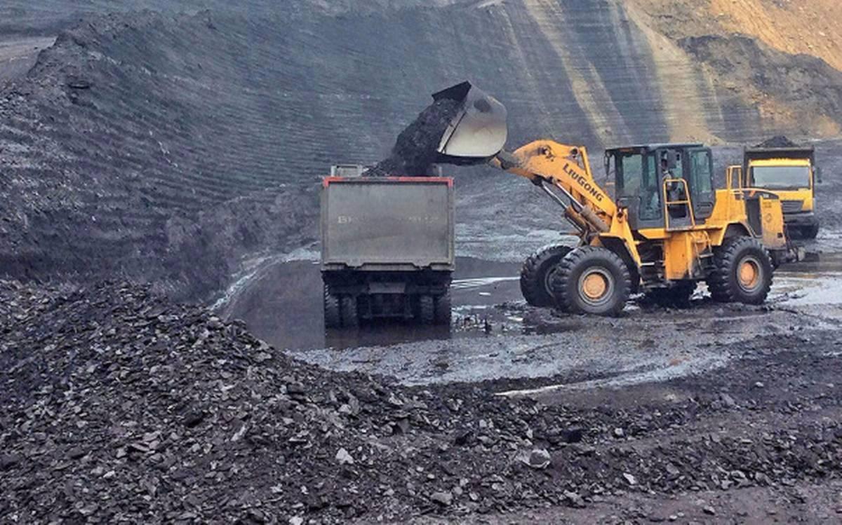 印度煤炭公司(CIL)投资4730亿卢比(约合64亿美元)扩大煤炭产能