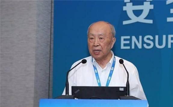 楊裕生院士:大力發展可再生能源,實行全民節能減排