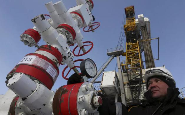 """俄羅斯新版石油規劃:""""石油時代結束前,能賣的全賣"""""""