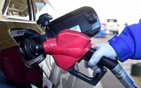 主要产油国维持增产政策提振国际油价