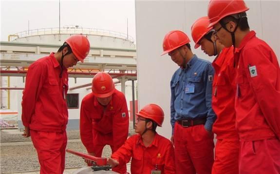 新疆石油工业70年成就卓著