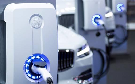 中国科技巨头狂砸190亿美元 全球迎来电动汽车热潮