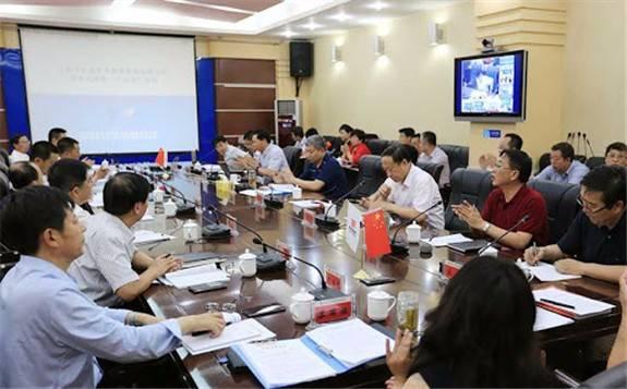 """内蒙古积极探路能源基地如何助力""""双碳目标""""?"""