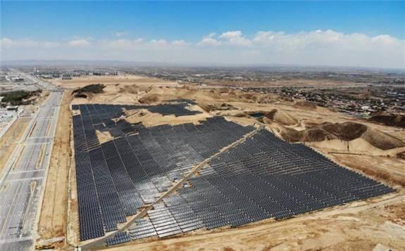 """把""""太阳能""""装进瓶子里?""""液态阳光""""未来还可替代化石能源"""