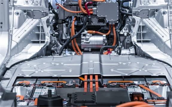 突破性的電池彈性充電技術可讓電動汽車在10分鐘內完成充電