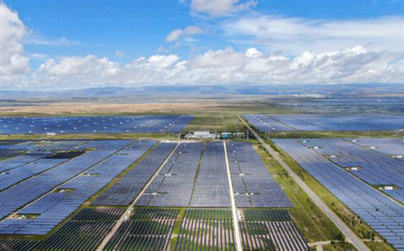 """新能源高水平利用 我国加速向清洁能源""""切换频道"""""""