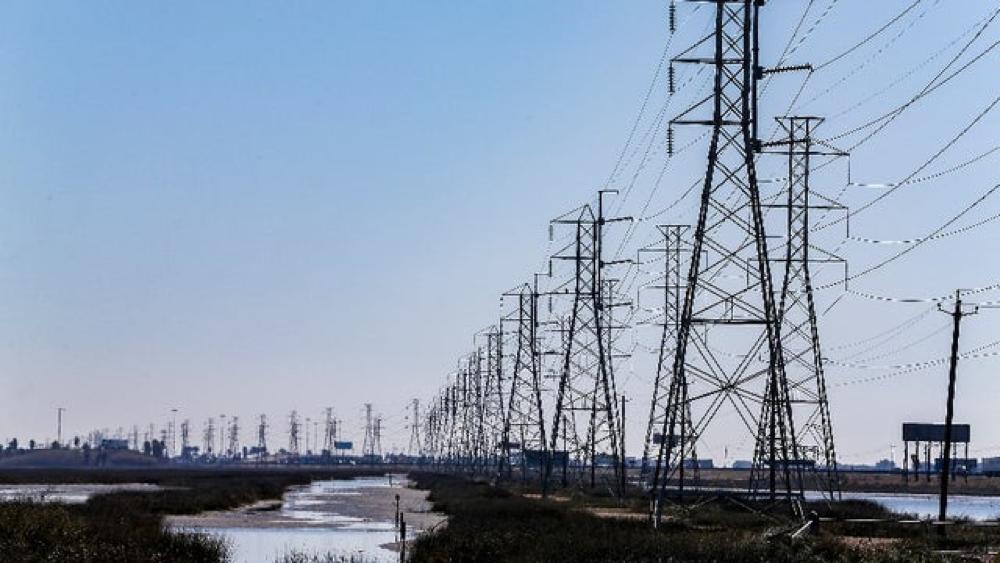 """美国又遇""""用电危机"""",电价飙升至2美元一度,美国电网有多脆弱?"""