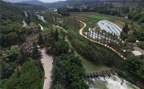 """""""活著的水電博物館"""":中國第一座水電站石龍壩水電站"""