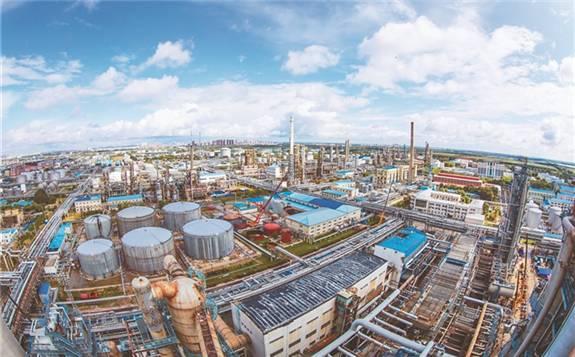 大庆炼化:让每一滴原油创造更多价值,建设高质量发展的优秀炼化企业