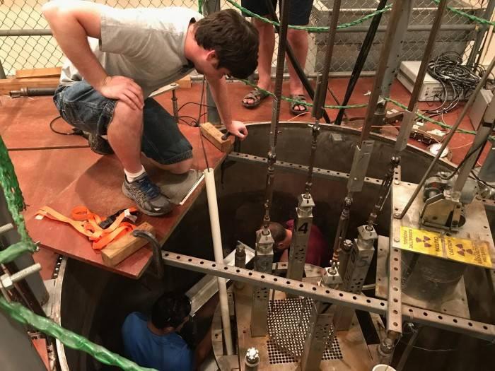 核反应堆中长期理论中子聚集效应首次获得证明