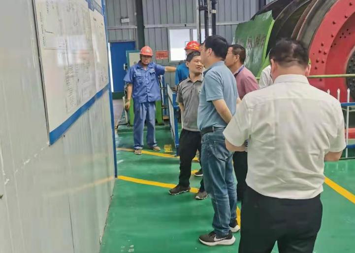 安徽省煤监局到中煤三建二十九处袁二项目部检查指导工作