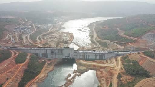"""中国企业修建几内亚苏阿皮蒂水电站惠及百万人民 ——""""我们住进了安全舒适的新家"""""""