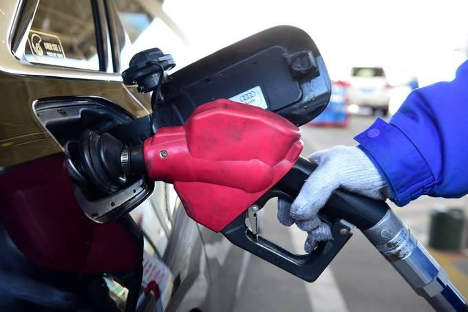 国际油价连跌七日,国内油价或兑现年内第3次下调