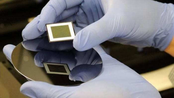 科学家研发双面太阳能电池发电量额外增加30%