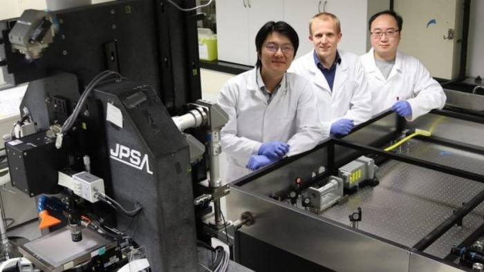 科学家研发双面太阳能电池 发电量额外增加30%