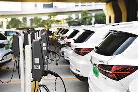 新能源汽車雄居行業高成長榜首