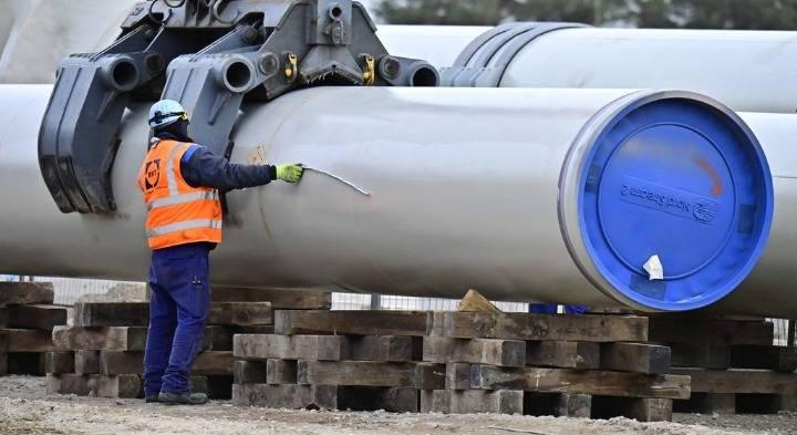 """俄罗斯宣布""""北溪-2""""天然气管道建设完成"""